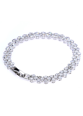A Girl's Best Friend Bracelet - Avery and May
